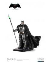 Batman v Superman Statue 1/10 Armored Batman 25 cm
