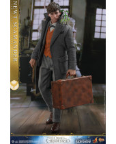 Harry Potter Fantastic Beasts 2 figúrka 1/6 Newt Scamander 30 cm