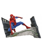Marvel Comic Gallery PVC socha Spider-Man Webbing 18 cm