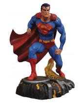 DC Gallery PVC socha Superman 25 cm